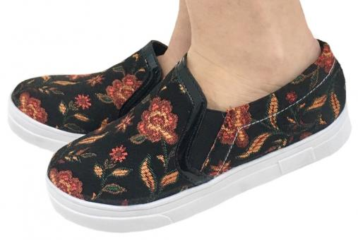 1000 Slip On Preto Com Bordado Floral - Código 2499-3-64